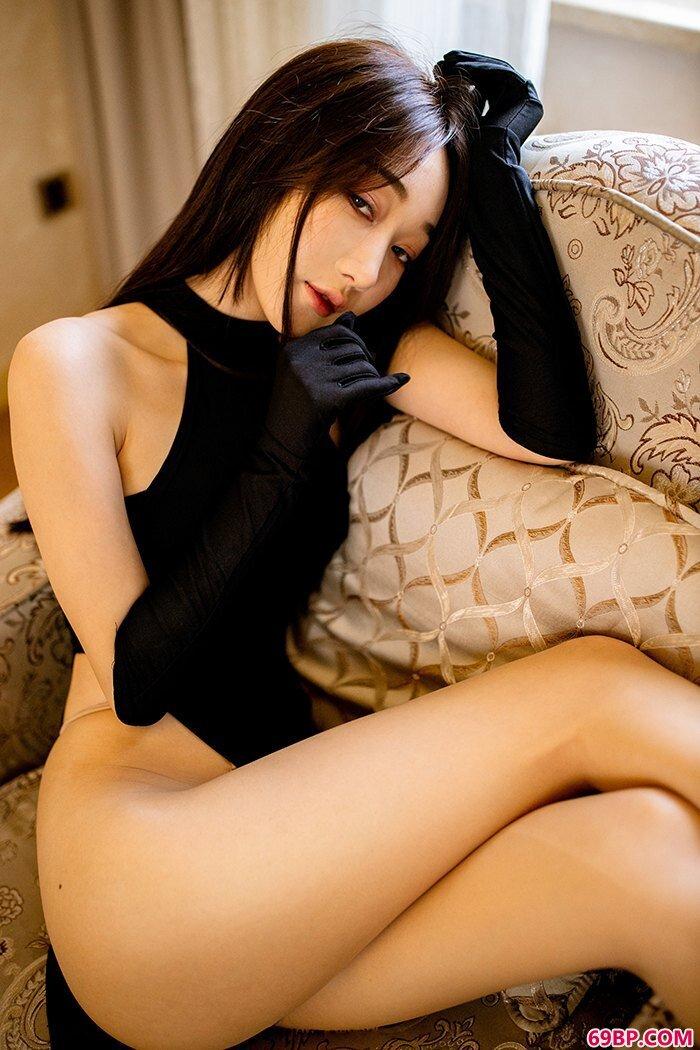 漂亮爱情小九月纤纤玉体尽态极妍_大胆337P艺术写真
