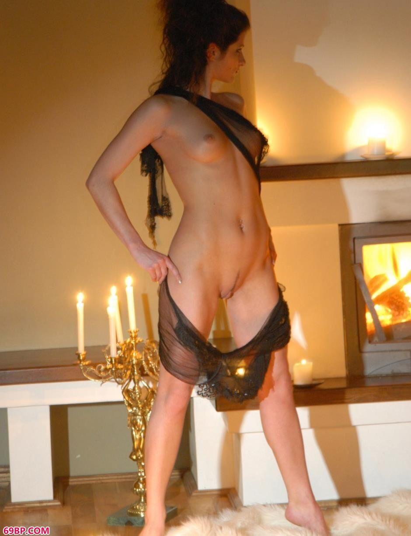 美模Marusya大厅里的烛光人体