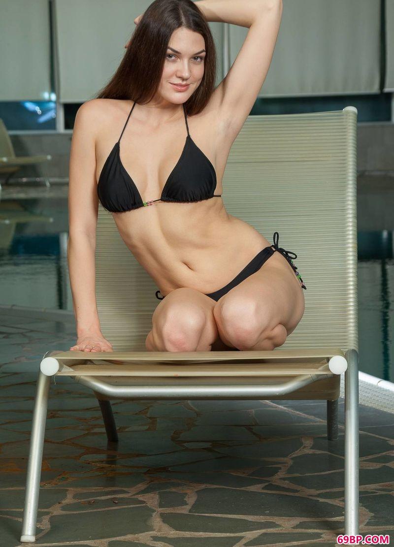 中国人体模特网_健康的美模Vanda