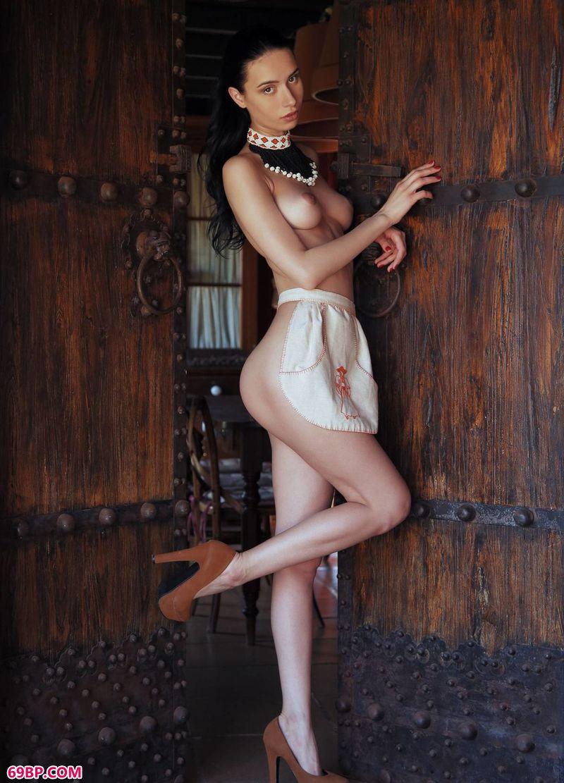 绝品古典风格人体嫩模Dita